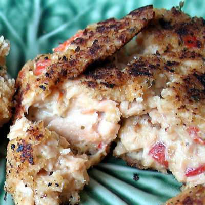Wasabi Salmon Cakes - RecipeNode.com