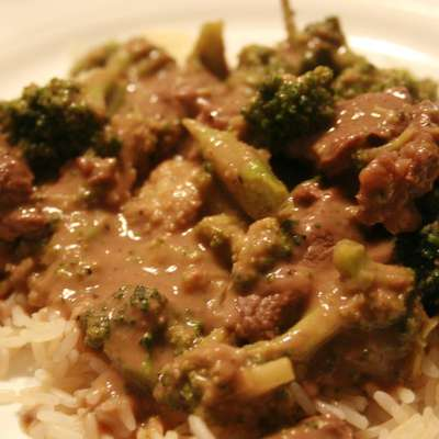 Weeknight Thai Beef (1 Pan & 3 Carbs!) - RecipeNode.com
