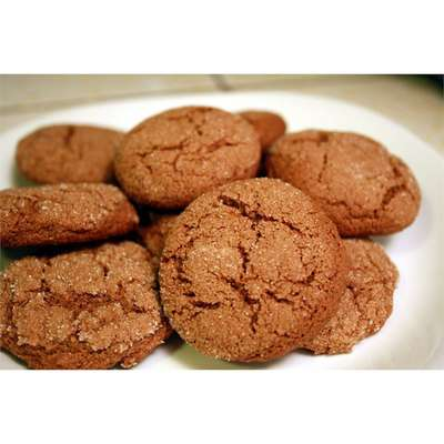 Whole Wheat Ginger Snaps - RecipeNode.com