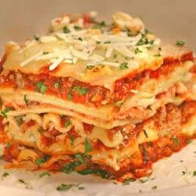 World's Best Lasagna - RecipeNode.com