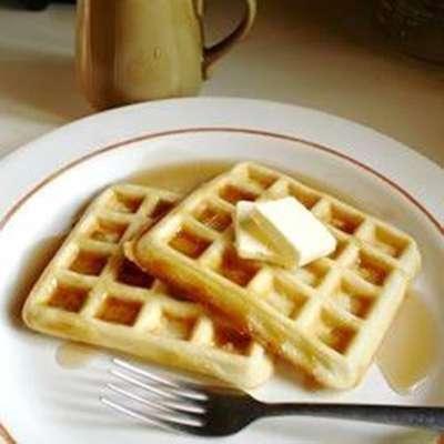 Yeast Waffles - RecipeNode.com